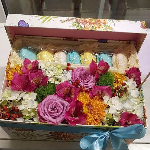 """Коробка """" Цветочная сладость """""""